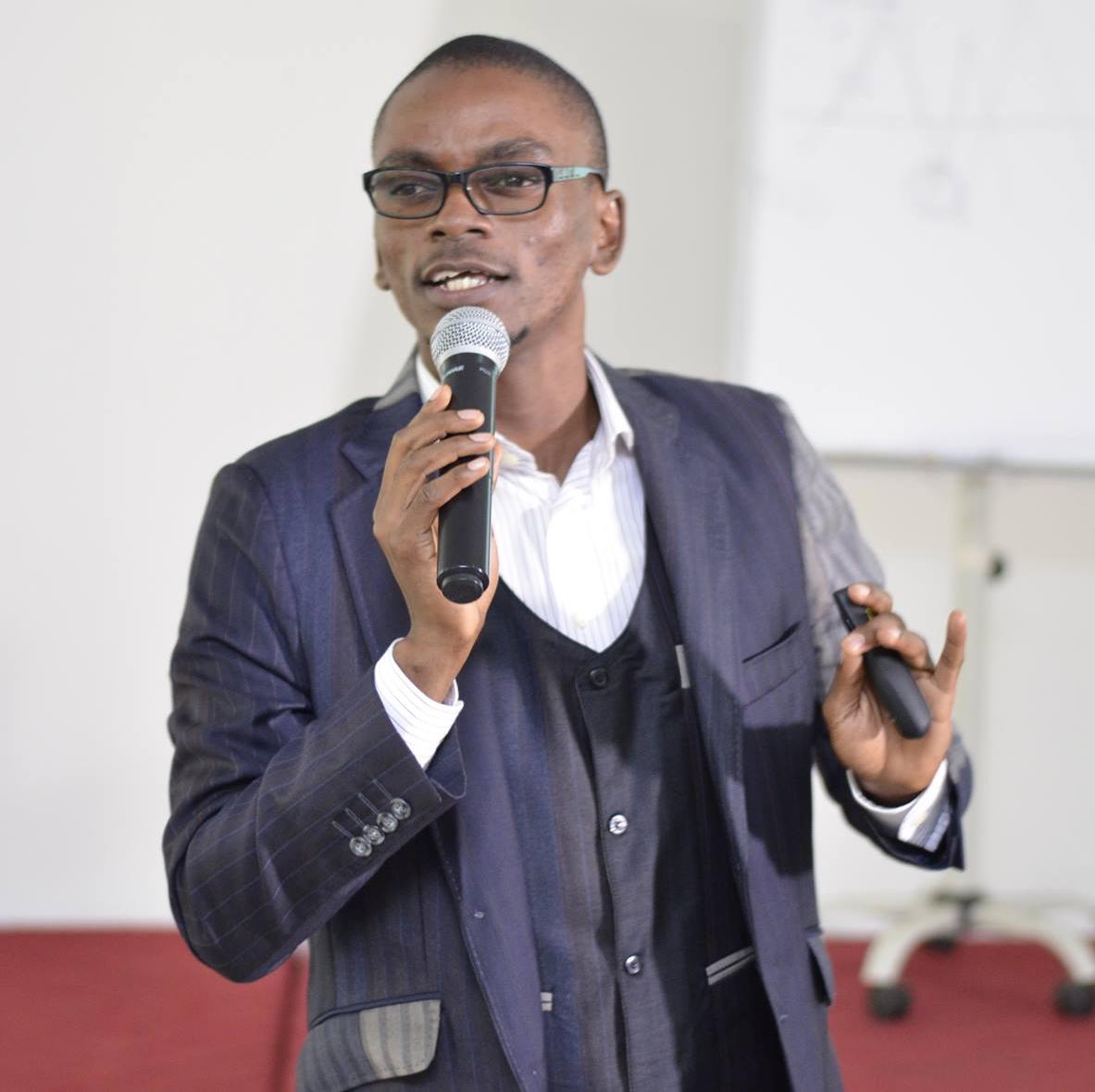 Paul Emmanuel NDJENG - BlogCamp18 - Cameroun - BlogCamp