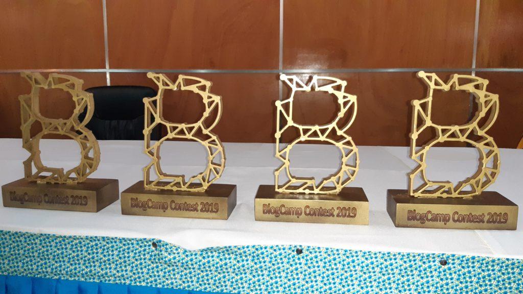 """Trophées BlogCamp Contest-BlogCamp""""19-Yaounde-Cameroun"""